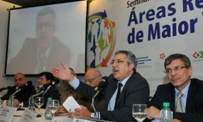 Minister of Health, Alexandre Padilha, opens the Seminar Remote Areas, Greater Vulnerability of Isolated