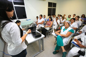 Nursing staff of HGE in training for use of the method of prevention and treatment of skin lesions based on the adherence of the dressing through the silicone