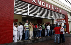 After a year and a half of the pacification of the German Complex and Vila Cruzeiro in Rio de Janeiro, the Vargas State Hospital (HEGV), near the communities, although attendance has fallen by a shot gun.