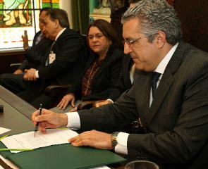 Alexandre Padilha, Health Minister signs the release of $ 50.5 million for HC and SP Incor