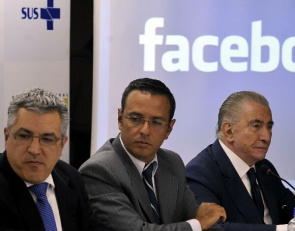 Alexandre Padilha, Health Minister Alexandre Hohagen, Facebook's vice president in Latin America and Silvano Raia, Executive Coordinator of the Strategic Committee for Development of new Centers for Transplants