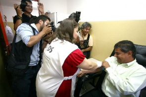 Mayor Nelson Trad Filho at the inauguration of Counseling and Testing Center (CTA)