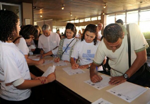 Mobilization Paraná Health + 10, to collect approximately 100 thousand signatures in 399 municipalities of the state.