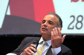 Antonio Luiz Loures, Deputy Director of the AIDS Program of the United Nations (UNAIDS) and Under Secretary-General of the United Nations (UN)