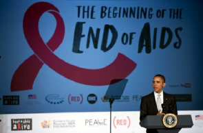 Presidente Barack Obama fala durante campanha contra Aids na George Washington University, em Washington