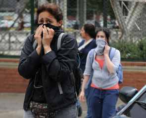 Toxic Cloud, with a strong smell, invaded the center of Buenos Aires scaring residents