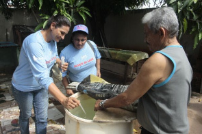 Teams of municipal Health, Infrastructure and Environment conduct joint effort against dengue in Cuiabá.