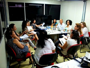 Meeting with the group conducting the project for regulation of hospital beds