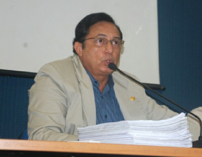 Julio José Seabra Santos, president of the Regional Council of Medicine of the State of Sergipe (Cremese)