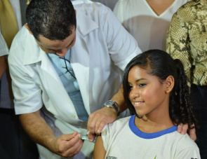 Girls between 11 and 13 years receive the vaccine against human papilloma virus (HPV) in Brasilia