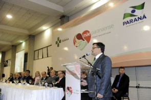 Michele Caputo Neto, State Secretary of Health, part of the I State of Paraná Mother Network, which brings together health professionals
