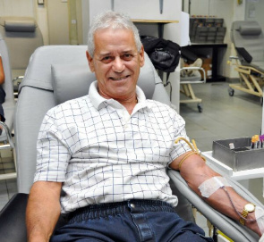 Mr. Walter Ferreira da Silva, who donated blood for the last time in Hemorio