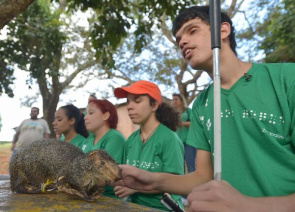 Students with visual impairments Educational Center East Sector of Brasilia. Award chooses organizations and centers that help promote inclusive quality education