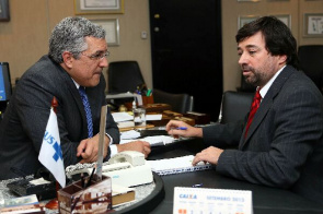 Meeting between the Minister of Health, Alexandre Padilha, and president of the Association of Municipalities (ABM), Eduardo Tadeu Pereira.